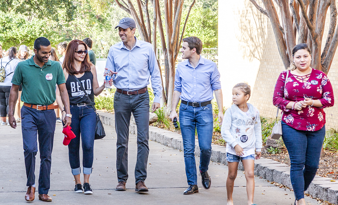 Beto O'Rourke arrives on NE Campus and walks to Center Corner for a rally with TCC students and community on his college campaign tour as he campaigns for the Senate.